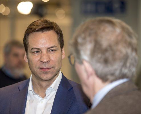 Karsten Tichelmann beim networken auf dem 3. Deutschen Geotechnik-Konvent