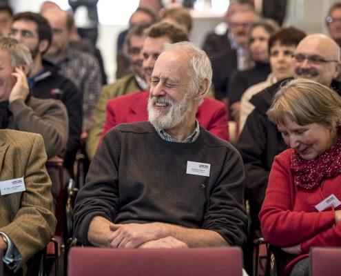 Amüsierte Teilnehmer beim 3. Deutschen Geotechnik-Konvent