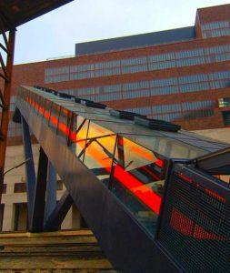 Rolltreppe zum Erich-Brost-Pavillion