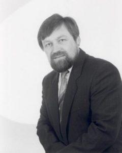 Portraitfoto Prof. Dr.-Ing. Richard Herrmann